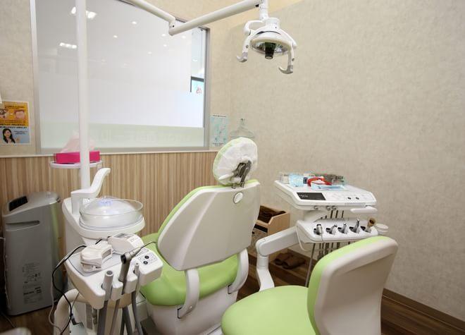 伊勢崎駅 出口車 10分 いせさき西部モール歯科の治療台写真2
