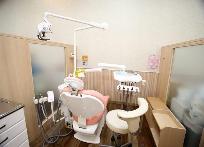 伊勢崎駅 出口車 10分 いせさき西部モール歯科の治療台写真3