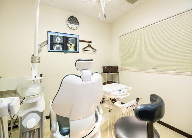 小田原駅 東口徒歩 11分 かつまた歯科クリニックの治療台写真2
