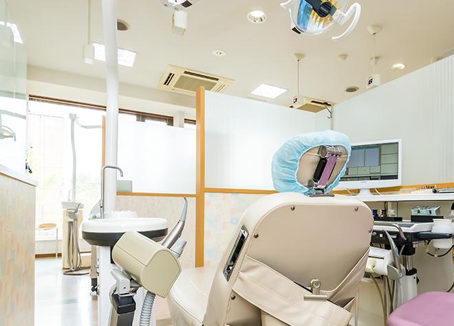 西泉駅 車 3分 ひがし歯科医院の治療台写真6