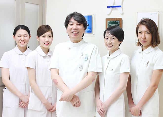 阿波座駅 2号出口徒歩 1分 トラスト歯科写真1