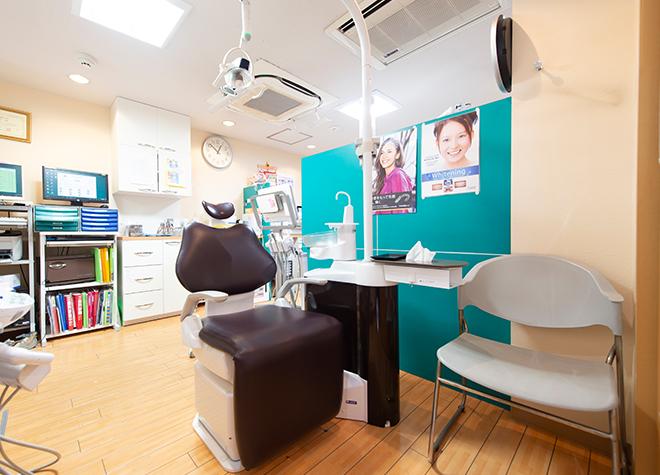 小岩駅 北口徒歩 9分 ひまわり歯科クリニックの治療台写真2