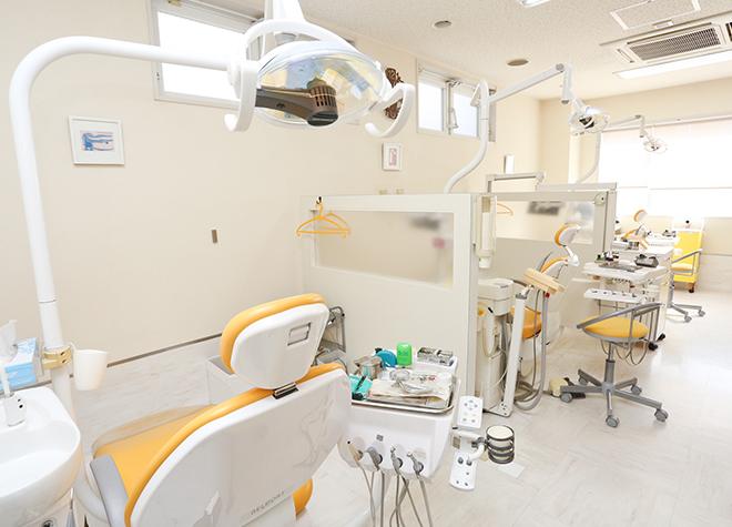 摂津本山駅 南口徒歩 8分 倉井歯科医院の治療台写真2