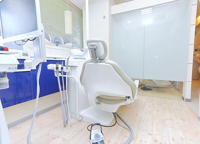 鷺沼駅 出口徒歩 2分 かねやす歯科医院の治療台写真5