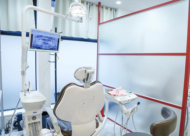 元住吉駅 西口徒歩 1分 ALBA歯科&矯正歯科元住吉の治療台写真5