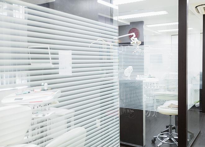 南森町駅 4-B徒歩 1分 田辺歯科医院の治療台写真7