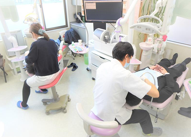 顕微鏡でお口の中の菌が見られる!治療の必要性を実感しやすい