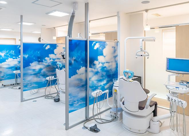 船橋駅 北口徒歩 11分 あおぞら歯科クリニック 新館の治療台写真2