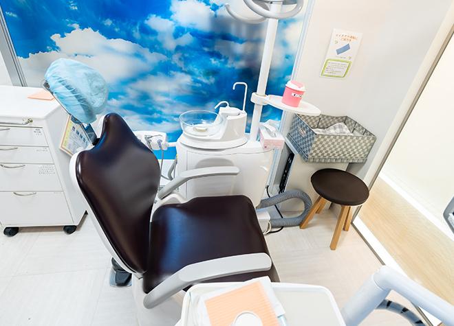 船橋駅 北口徒歩 11分 あおぞら歯科クリニック 新館の治療台写真3