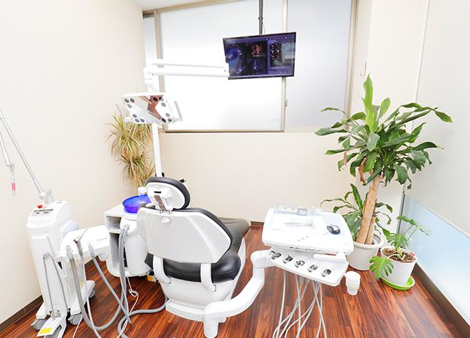 せんげん台駅 東口徒歩 2分 せんげん台はせがわ歯科の治療台写真4