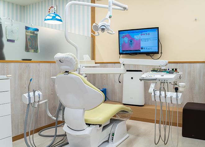 妙典駅  出口 徒歩1分 みょうでんfamily歯科の治療台写真4
