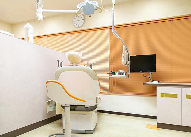 天満橋駅 出口徒歩 3分 美原歯科医院の治療台写真3
