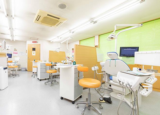 住道駅 1番出口徒歩 33分 ごりょう歯科の治療台写真5