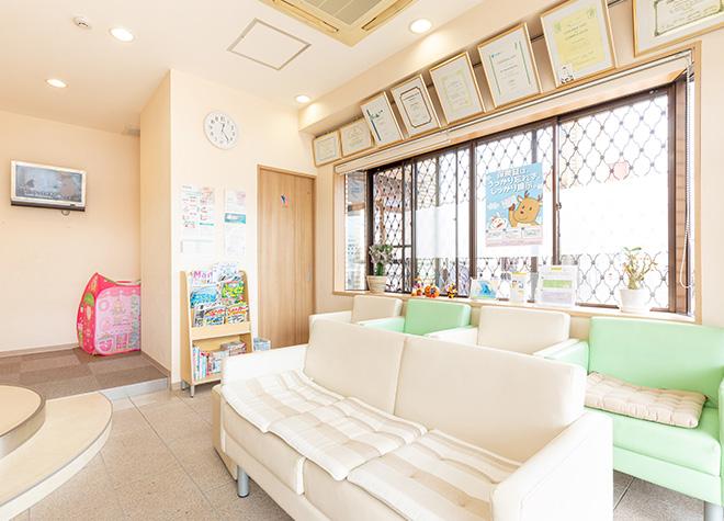 近鉄八尾駅 出口車 8分 青山通り歯科診療所の院内写真3