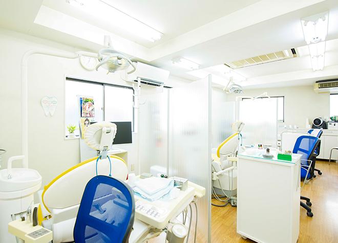 荻窪駅 JR北口徒歩 2分 上荻歯科医院の治療台写真2
