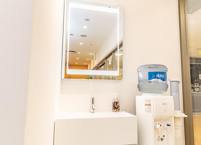 武蔵溝ノ口駅 出口徒歩 4分 ALBA歯科&矯正歯科 溝の口のパウダースペース写真3