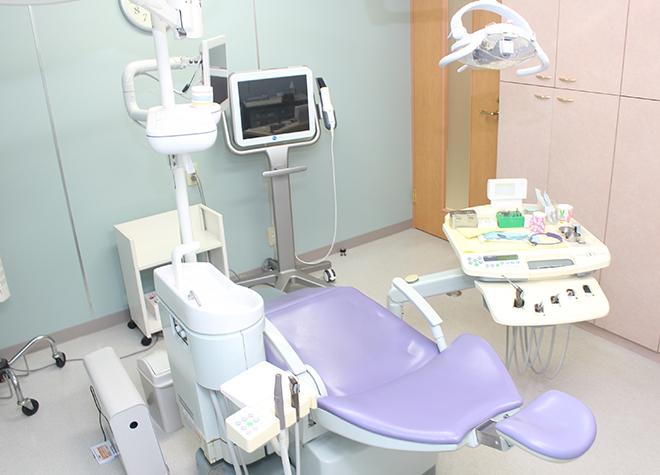 新宿駅 出口徒歩 3分 新宿スワン歯科・矯正歯科の治療台写真3