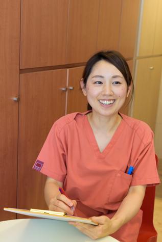 心斎橋駅 1番出口徒歩 1分 井上歯科クリニックのスタッフ写真3