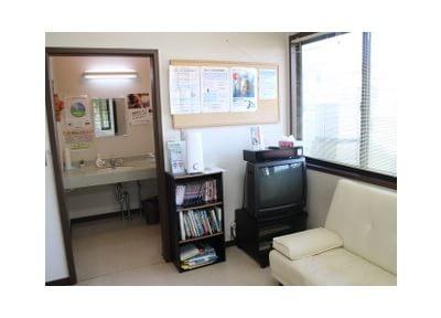 騰波ノ江駅 車13分 え歯科医院の院内写真6