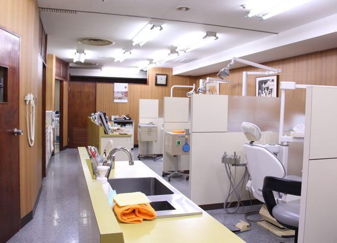 船橋駅 出口徒歩 1分 医療法人社団 郁栄会 寒竹ファミリー歯科の院内写真5
