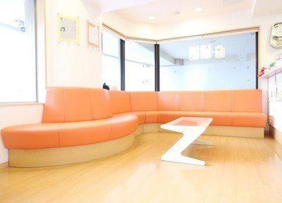 常盤駅(京都府) 出口1徒歩 2分 いばらき歯科クリニックの待合室の風景写真6