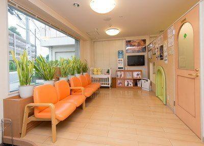 立川駅 車10分 国立緑歯科クリニックの院内写真2