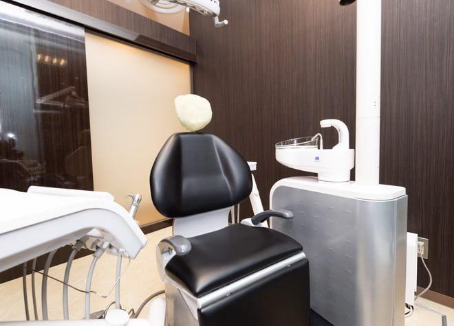 【新橋駅 徒歩7分】 日比谷通りスクエア歯科クリニックの治療台写真3