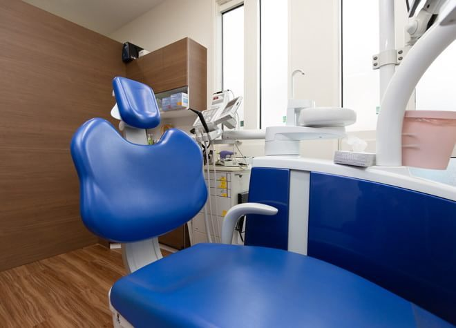 大宮駅(埼玉県) 東口徒歩 8分 大宮なりた歯科医院の治療台写真3