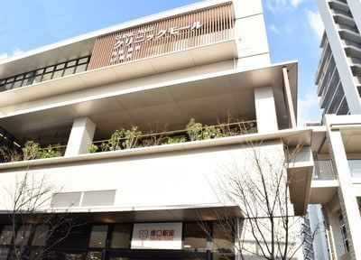 塚口駅(JR) 東出口徒歩 1分 塚口駅前デンタルクリニック写真1