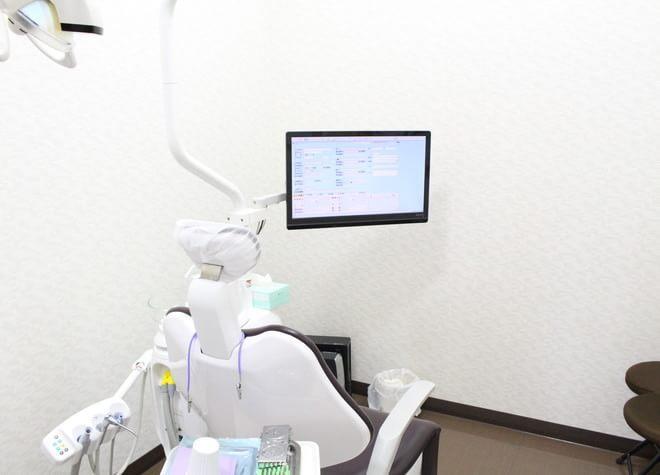 井高野駅 2番出口徒歩 5分 ひかり歯科クリニック 摂津院の治療台写真7