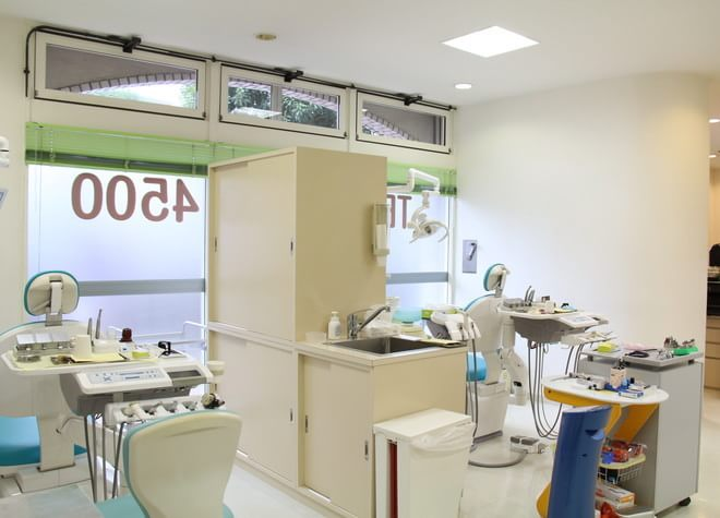 小手指駅 南口徒歩 2分 ファミリー歯科クリニック(所沢)写真1