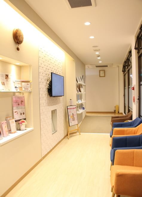 新高円寺駅 2番出口徒歩4分 高円寺おやなぎ歯科の院内写真2