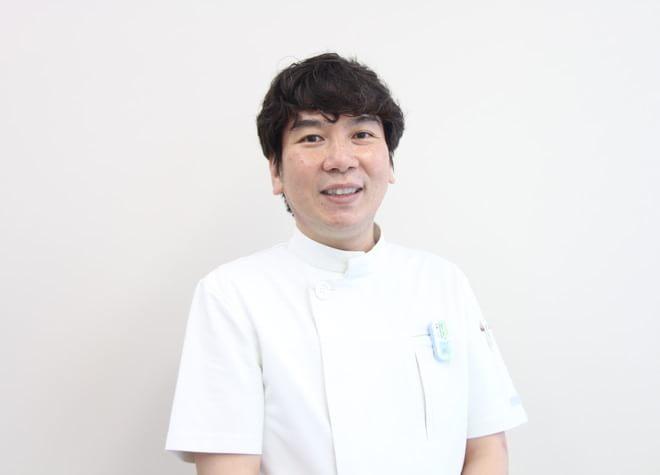 トラスト歯科 歯科医師