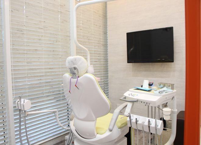目黒駅 東口徒歩 1分 目黒駅前セントラル歯科の治療台写真3