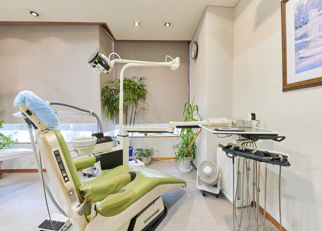 新宮駅 徒歩8分 ウエムラ歯科クリニックの治療台写真2
