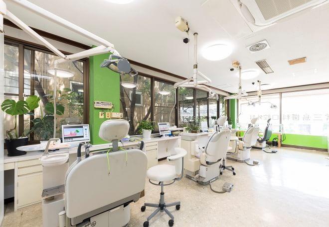 徳島駅 出口車 10分 常三島歯科口腔外科の院内写真5