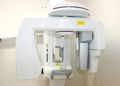 歯科用レントゲンです。正確な検査をすることで正しい診療が出来るようにしています。