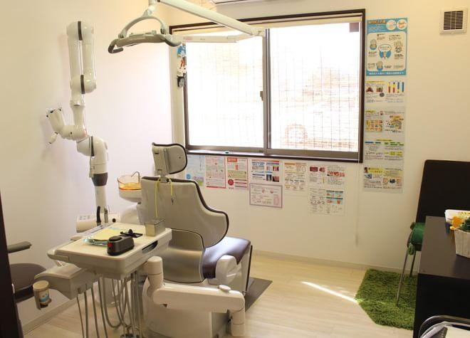 北花田駅 3番出口徒歩 15分 ひがしの歯科医院の治療台写真3