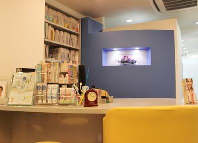神田駅 南口徒歩8分 三越前駅小伝馬町歯科 ハルデンタルオフィスの院内写真2