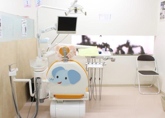 長後駅 西口バス7分 らいおん歯科クリニック 綾瀬医院の治療台写真2