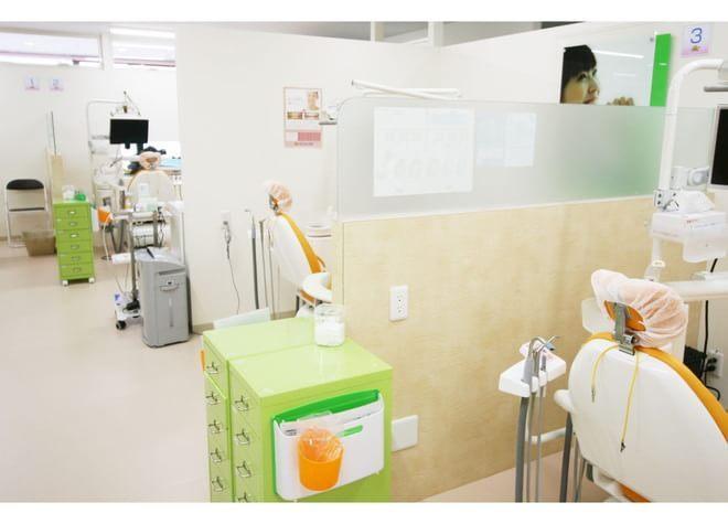 長後駅 西口バス7分 らいおん歯科クリニック 綾瀬医院の治療台写真3