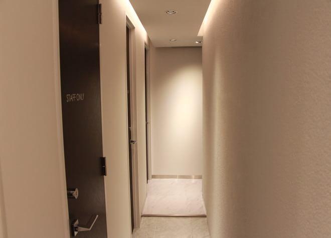 表参道駅 B4出口徒歩1分  オオタケデンタルオフィスの院内写真5