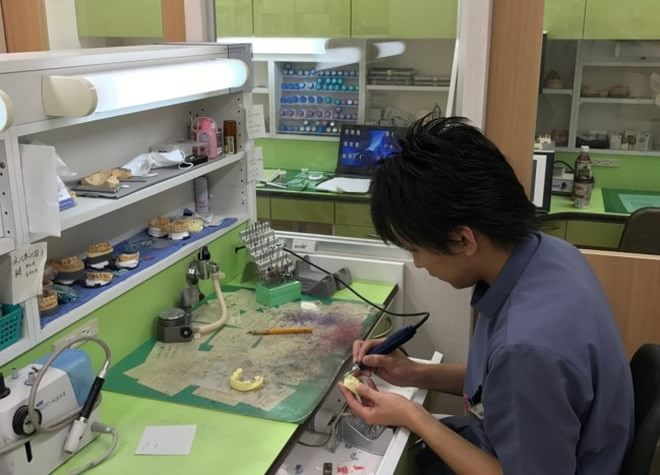 北浦和駅 東口徒歩 1分 森山歯科クリニックの写真3