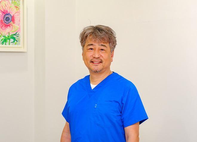 歯科医師の写真