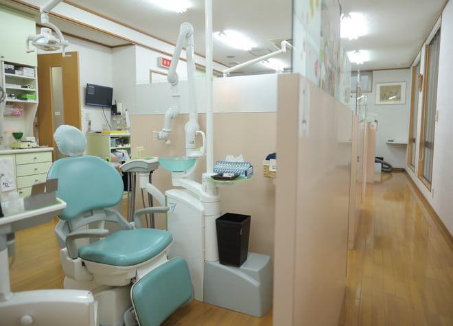金剛駅 出口徒歩 1分 阪田歯科医院の治療台写真2