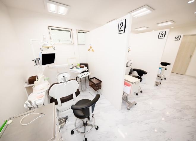 矢切駅 出口徒歩 1分 松戸やぎり歯科・矯正歯科の治療台写真2