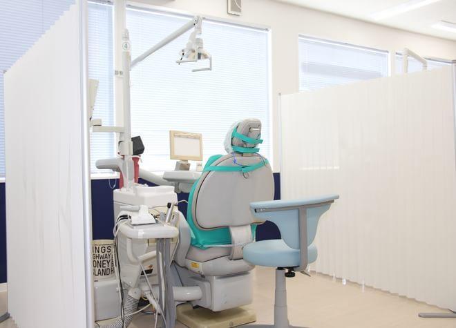 矢切駅1番出口 徒歩1分 矢切駅前歯科の治療台写真2
