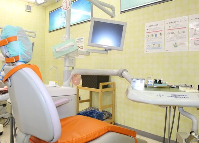 矢切駅1番出口 徒歩1分 矢切駅前歯科の治療台写真3