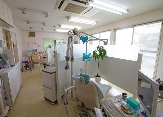 八本松駅 出口バス 10分 やまがた歯科医院の治療台写真2