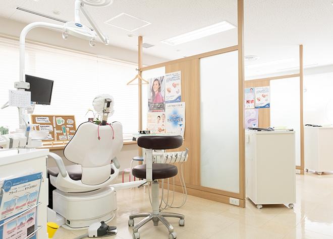 桃山御陵前駅 出口徒歩 1分 ひらうち歯科の治療台写真7